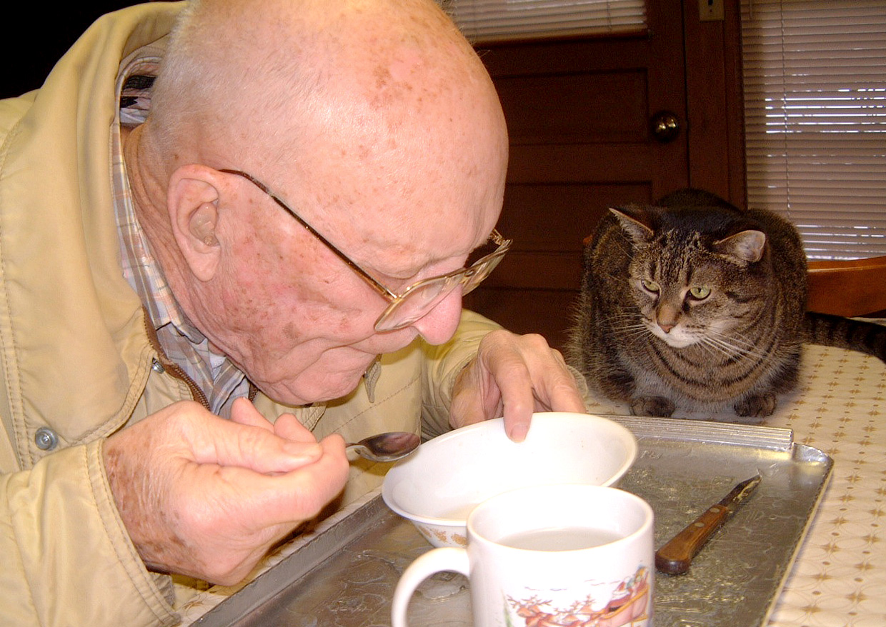 benefits-of-pets-for-seniors-03a